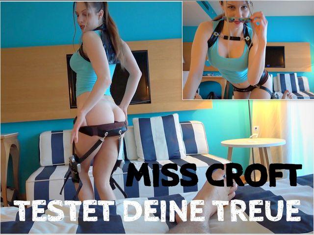 Miss Croft testet deine Treue! POV & UNCUT
